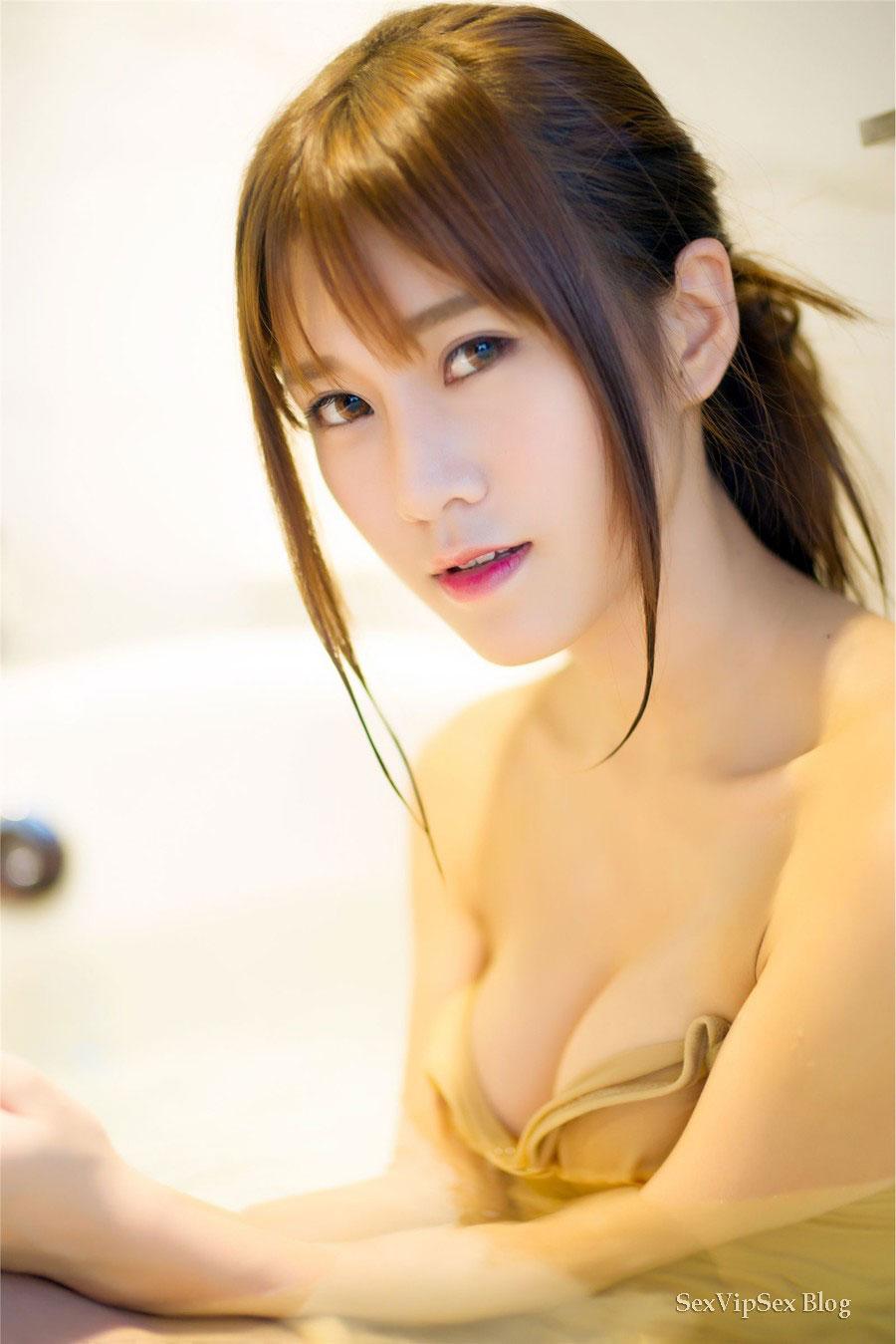 Big Tits Chinese Webcam