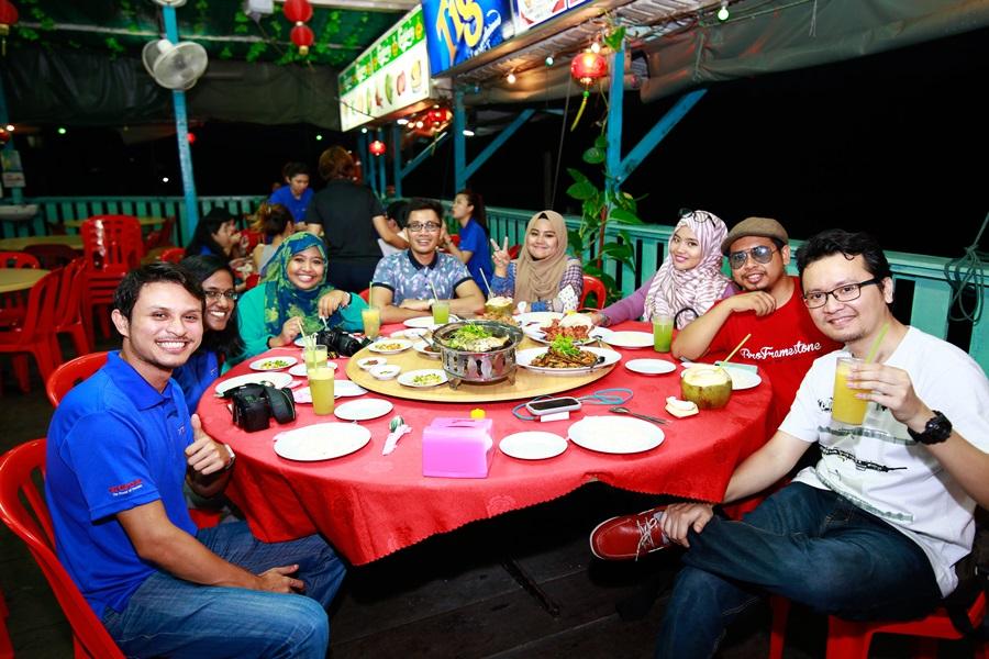 Dinner Seafood di Prawn Village Restoran, Pulau Pinang