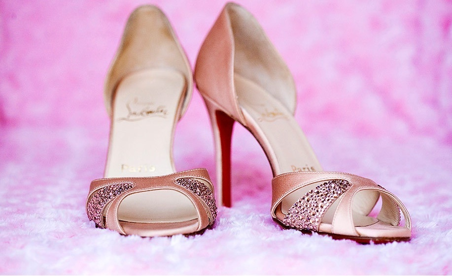 pink wedding shoes design