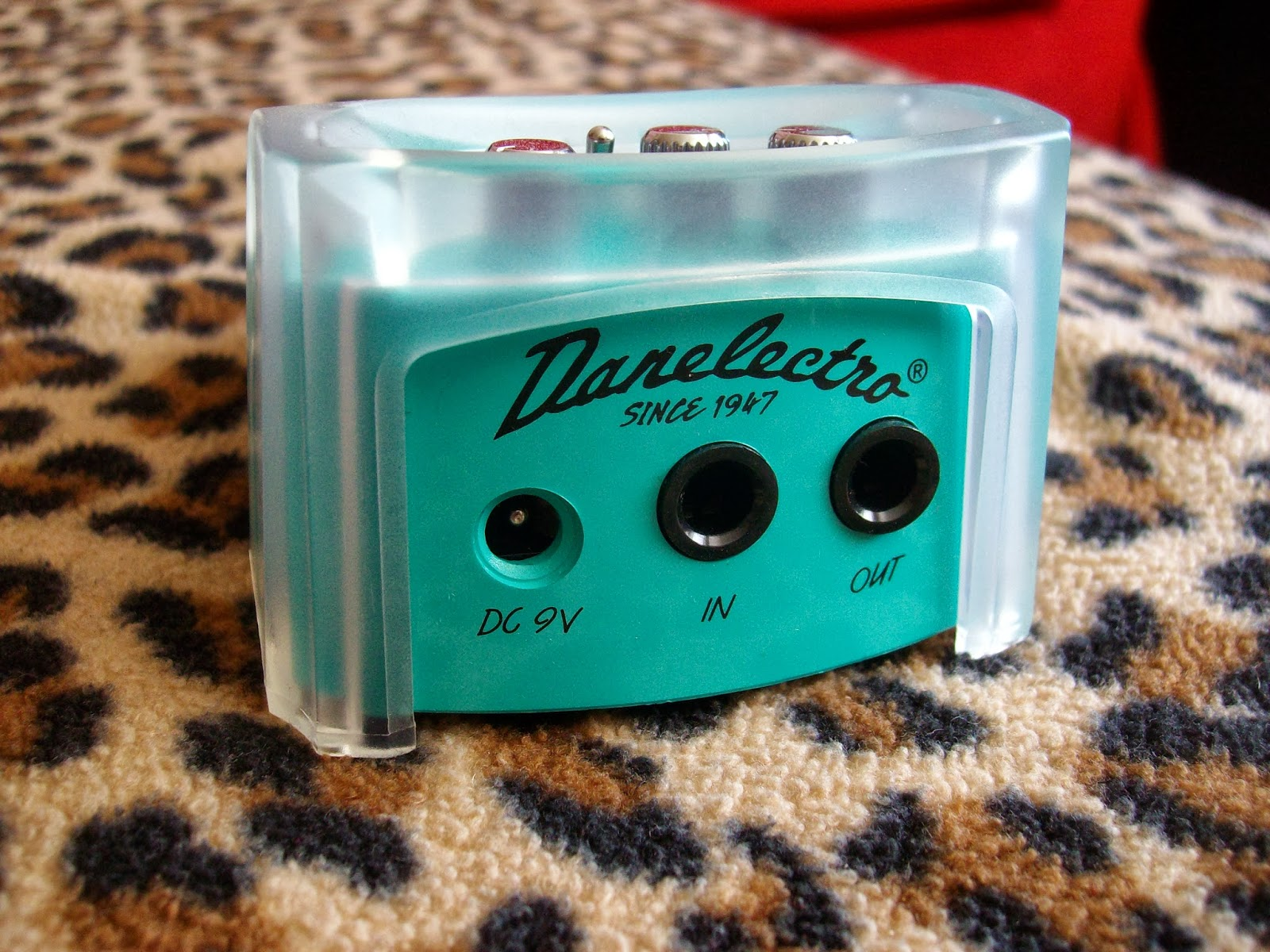 The Danelectro French Toast Octave Fuzz - Sick Things Come in Small ...