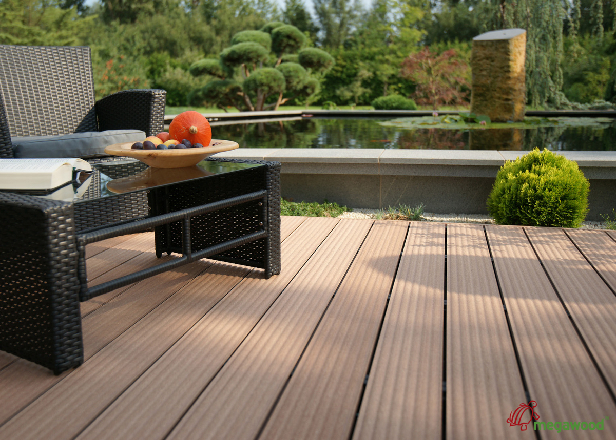 neues terrassenprofil wave von megawood. Black Bedroom Furniture Sets. Home Design Ideas