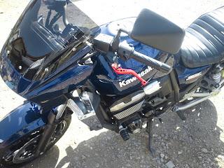 ZRX1200DAEGのクラッチレバー