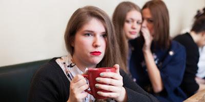 4 Cara Ampuh Menampar Balik Orang Yang Mencibir Anda