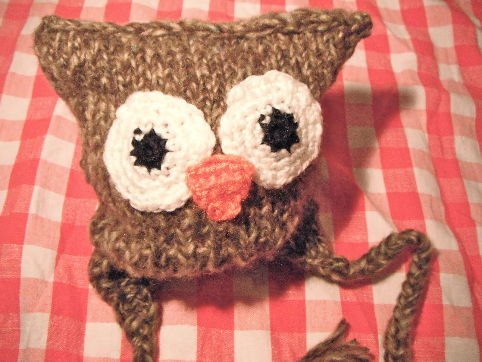 Honey Nutbrown\'s: Knitting! Hoot the Owl Toque Pattern