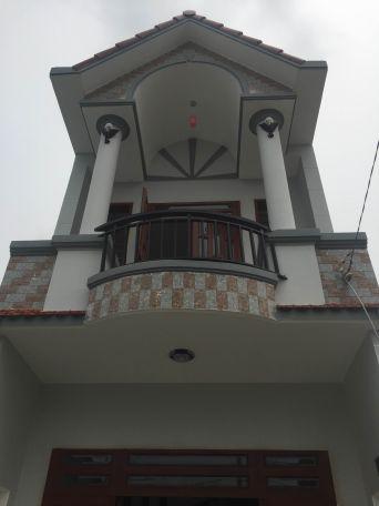 Bán nhà mặt tiền 1 lầu 1 trệt chính chủ đứng bán ở tại dĩ an bình dương