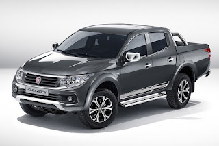 Fiat Fullback Double Cab (2016) Front Side
