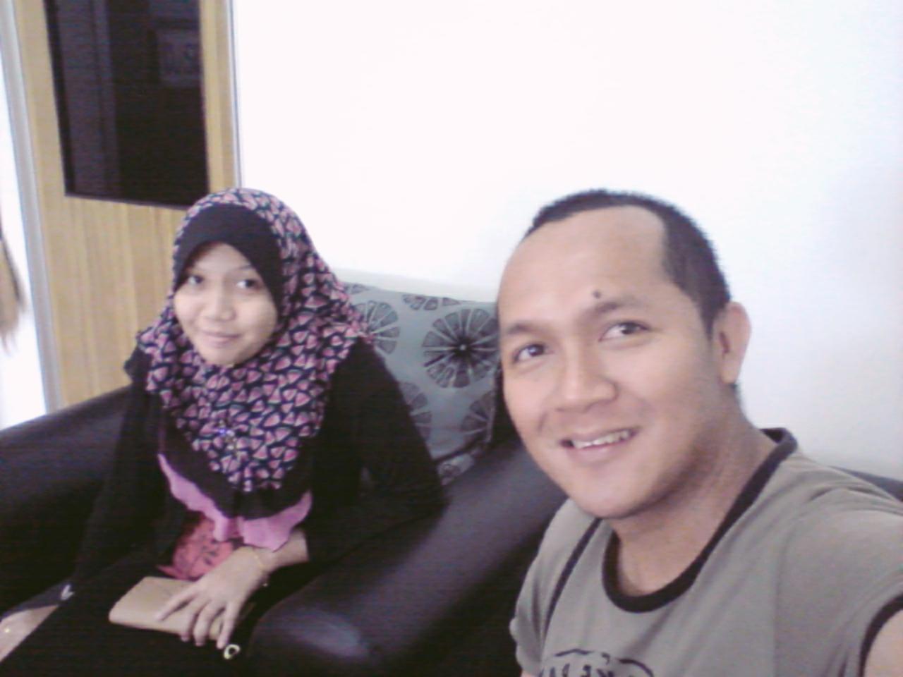Singgah Di Kedai Gunting Rambut Bunga Tanjung