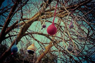 Penola - yarn baubles