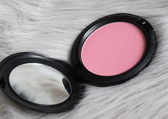 MAC Pearl Blossom Beauty Powder