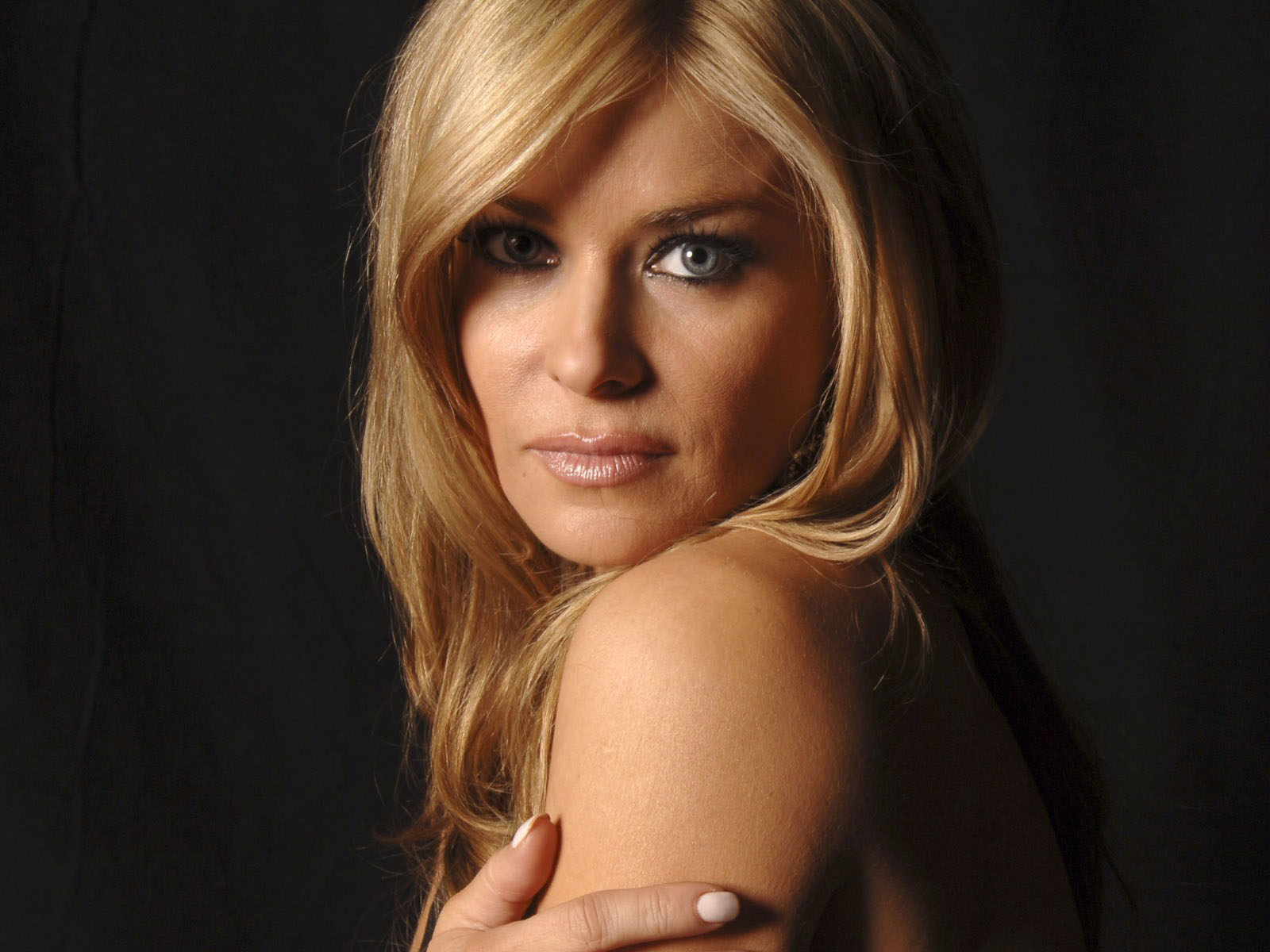 Top hot model Carmen Electra photo gallery 2012 | Top Model Dress ...