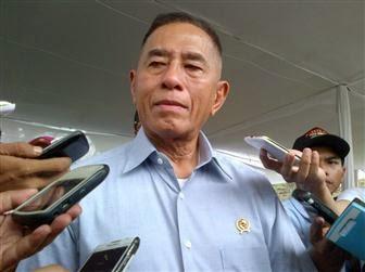 Menhan meminta produksi alutsista Indonesia terus digenjot untuk lebih memandirikan TNI.