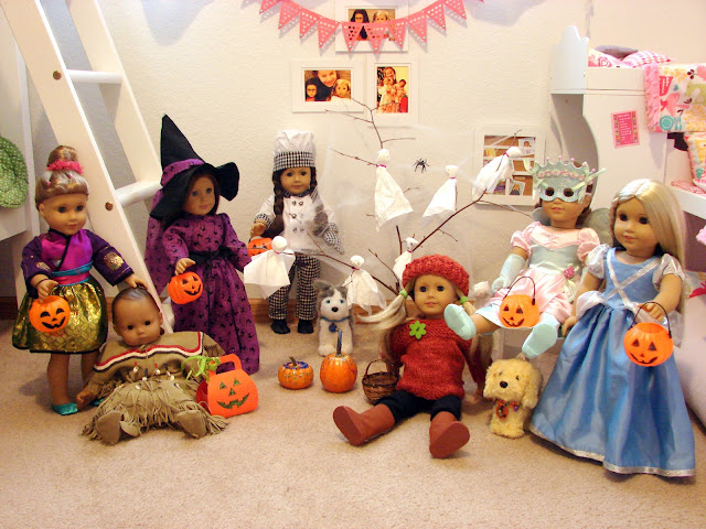 Make Your Dolls a Spooky Tree