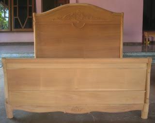 klasik furniture dipan klasik dipan tempat tidur solid kayu dipan ukir klasik dipan mahoni supplier dipan klasik furniture jepara dipan mentah unfinished mahoni