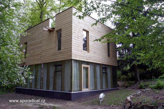 Casa de madera contemporánea para pasar los fines de semana