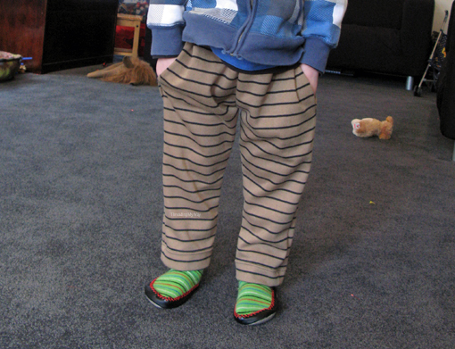 Retro Sweatpants... made using a pattern by 'Elegance & Elephants' ~ Threading My Way