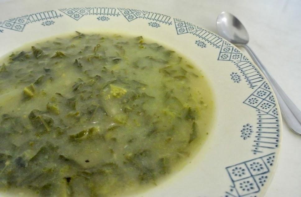 http://le-cru-et-le-cuit.blogspot.com.es/_caldo verde portugues
