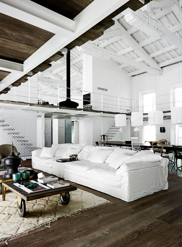 vosgesparis: Industrial design by Paola Navone | A white home in ...