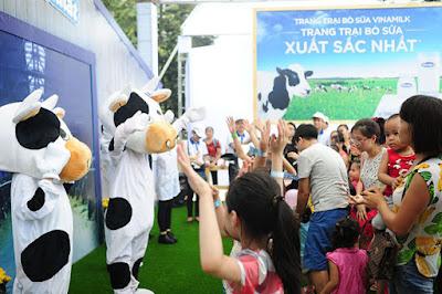 Ngày hội Cùng con yêu khám phá thế giới sữa Vinamilk tại SC VivoCity