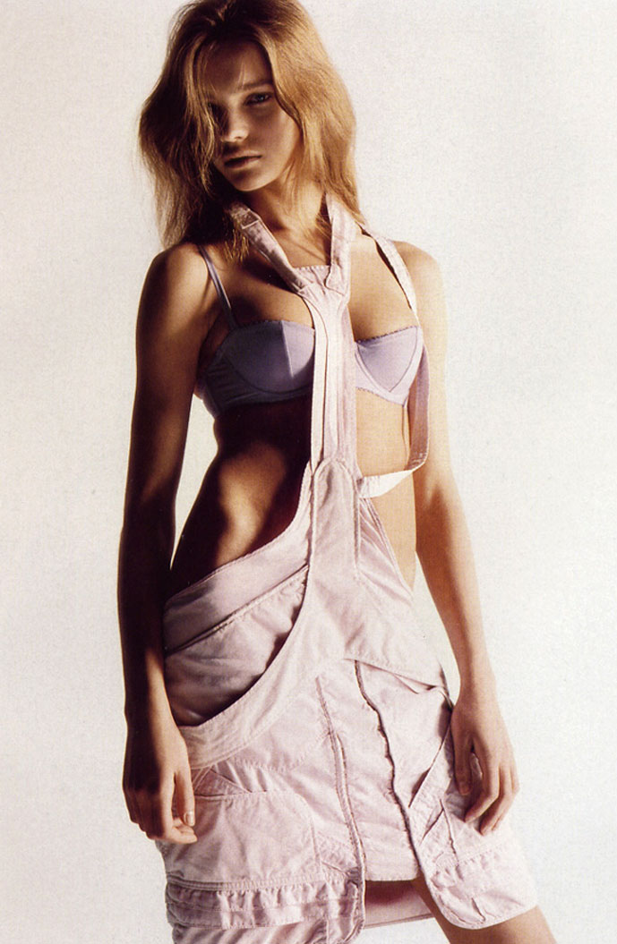 Natalia Vodianova in Undercover elements | Harper's Bazaar US May 2002 (photography: Mario Sorrenti, styling: Melanie Ward)