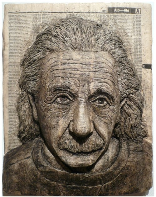 02-Albert-Einstein-Phone-Books-Sculpture-Carving-Cuban-Artist-Alex-Queral-WWW-Designstack-Co