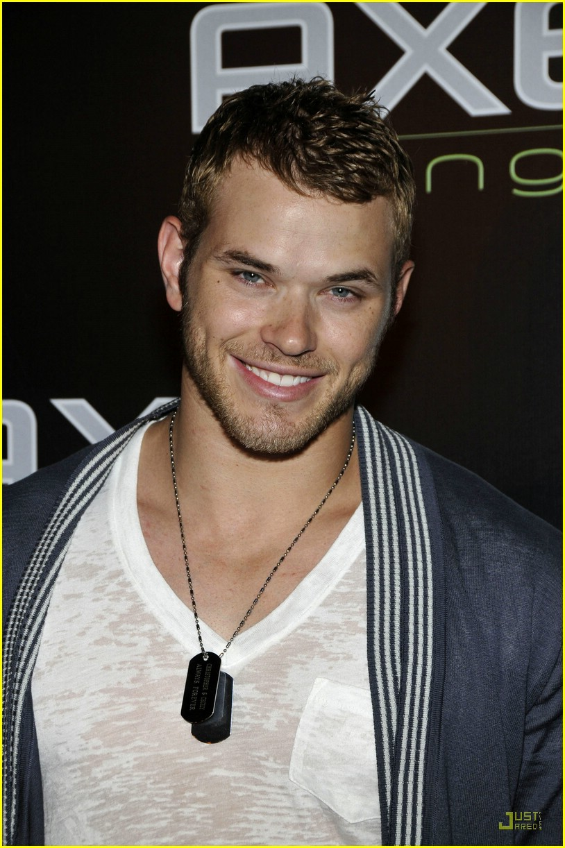 Kellan Lutz Wallpaper