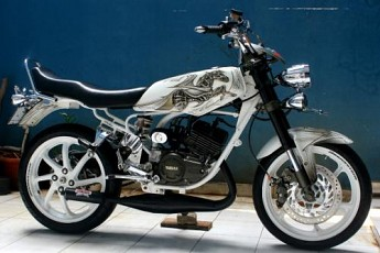 bagaimana Bro/Sis tentang Gambar modifikasi motor Yamaha rx king  title=