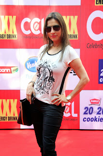 Celebrities Pictures at CCL Season 5 Mumbai Heroes Vs Veer Marathi Match CCL5  14.JPG