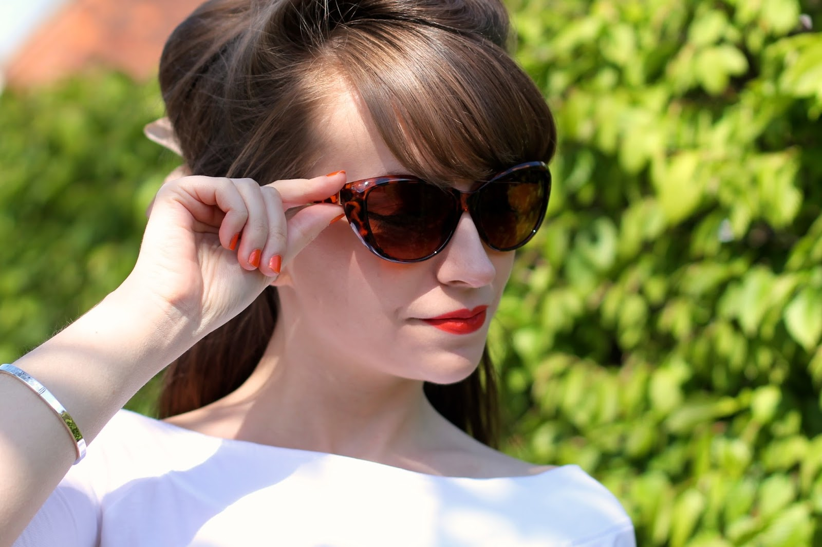 Tortoiseshell catseye sunglasses by Peacocks