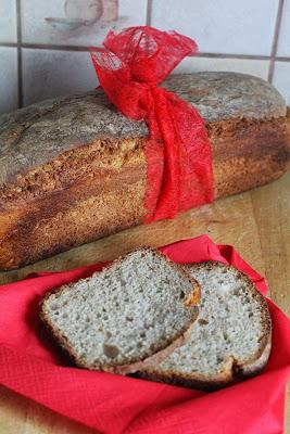 Chleb pszenno-żytni na zakwasie (ze słonecznikiem)