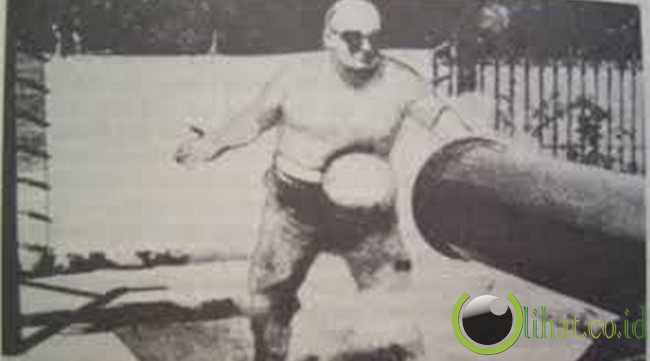 John Holtum – Cannonball King (Raja Meriam)