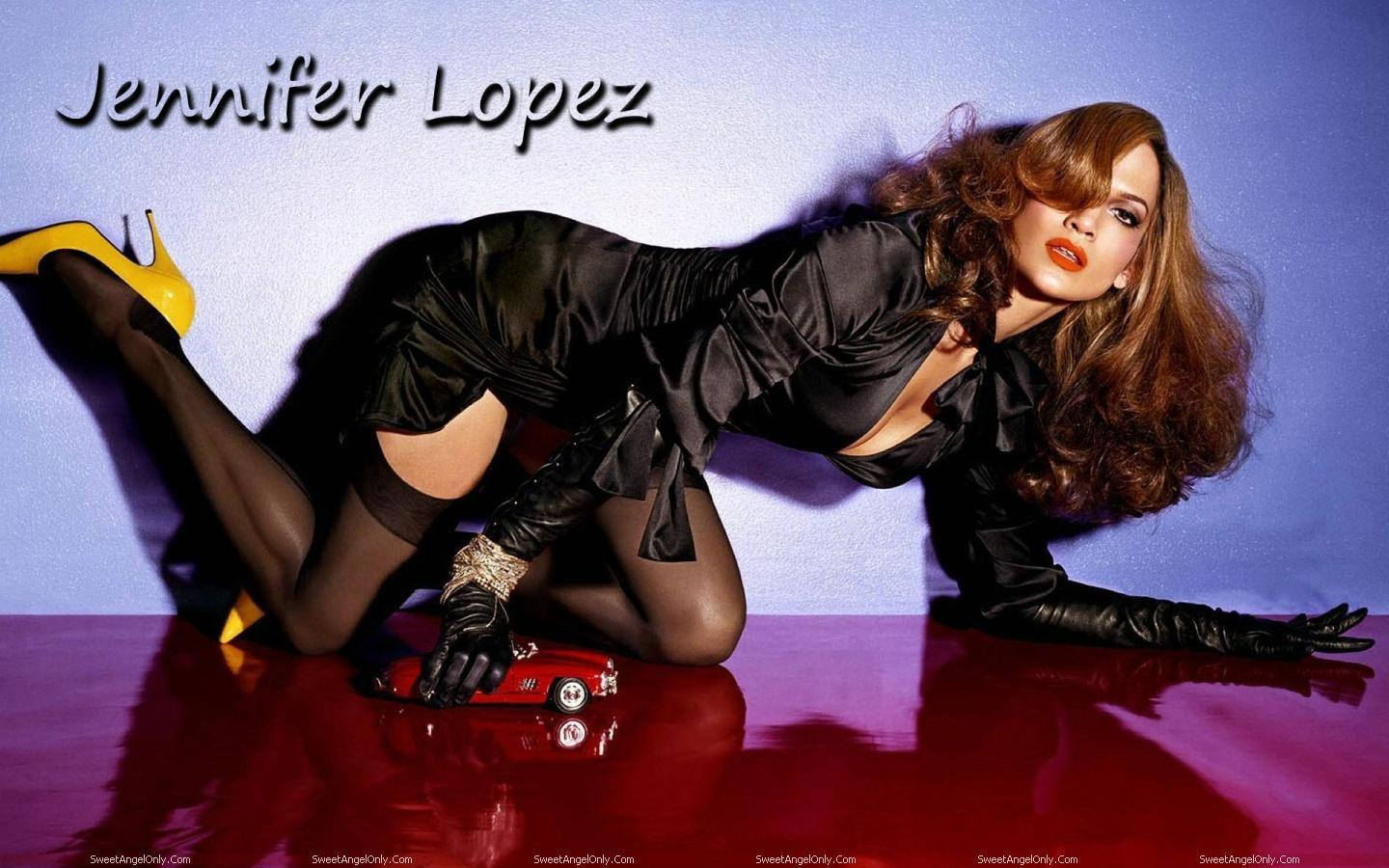 http://4.bp.blogspot.com/-kct8T7H4Nm0/TWjm19Z-qWI/AAAAAAAAE00/suxQiox1jwg/s1600/actress_jennifer_lopez_hot_wallpapers_05.jpg