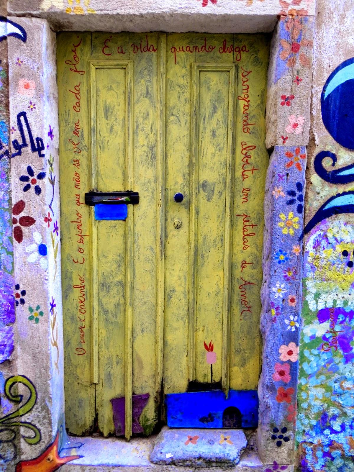 Uma porta com carinho