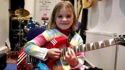 6歳のギタリスト