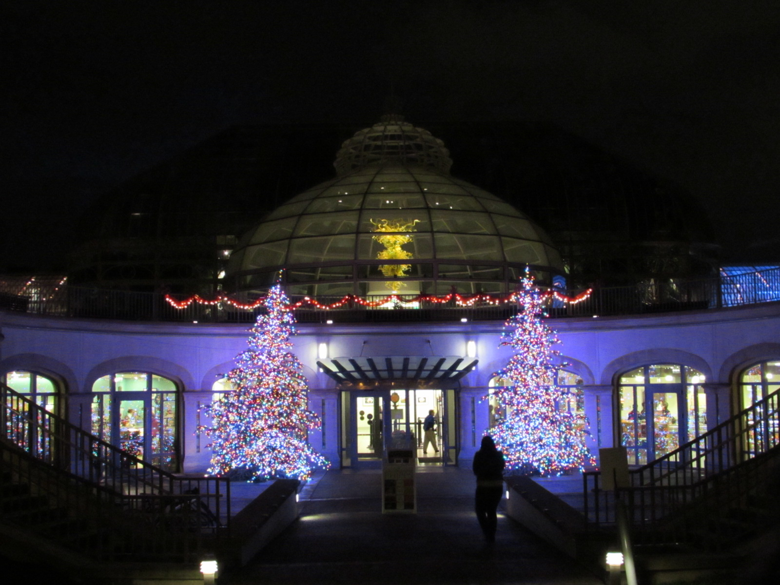 this is a world class event at a world class venue the always awesome botanical gardens get completely decked out in holiday splendor