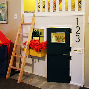 ----------- Our Indoor DIY Playhouse -----------