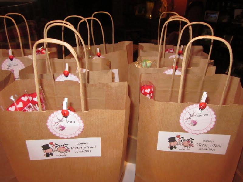 Dulces detalles bolsitas de chucherias para los ni os - Mesa de dulces para bodas ...