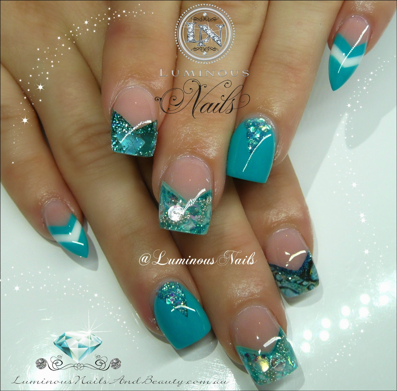 Gorgeous Turquoise Nails