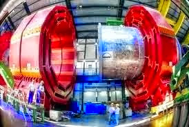 http://dinatos.blogspot.com/2015/01/cern-photo.html