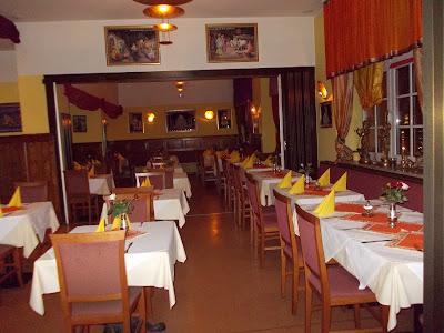 SATYAM (Indische Küche Spezialisierte Restaurant)