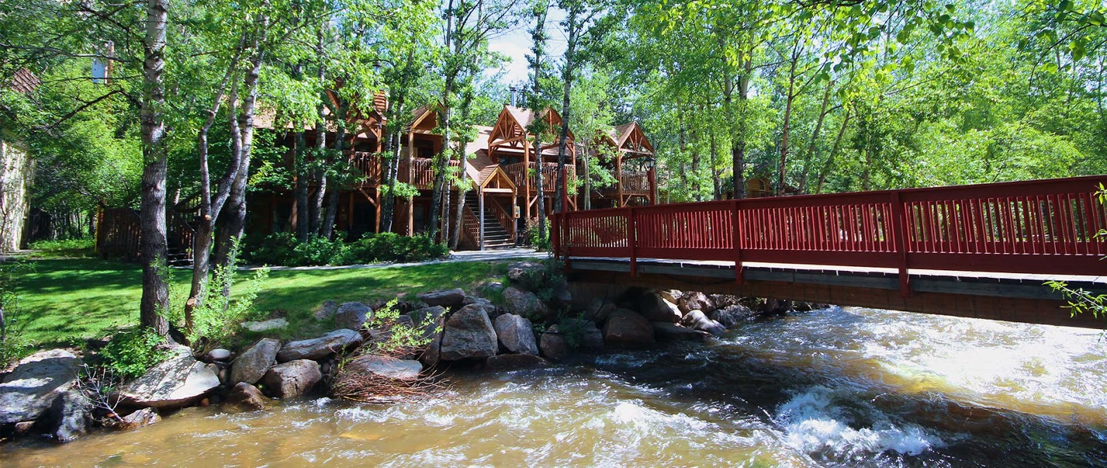 Streamside Located On Fall River It S Just One Mile West Of The Downtown Area A Town Or Estes Park And Three Miles From