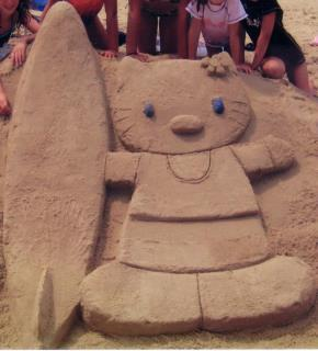 Hello Kitty Sand Sculpture at the beach