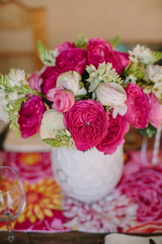 rosas fucsias para decoracion floral boda