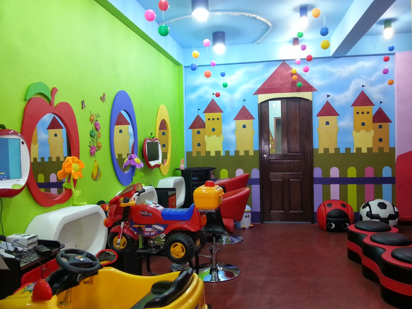 Wondrous chubby cheeks kokki 39 s style kutz the only for Childrens hair salon