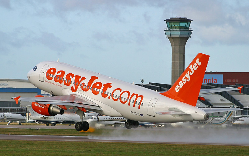 easyjet a319 - photo #23