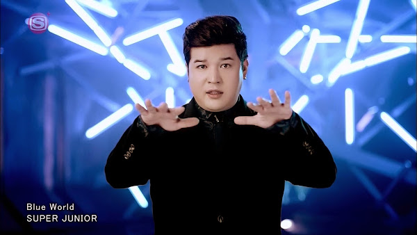Super Junior Shindong Blue World