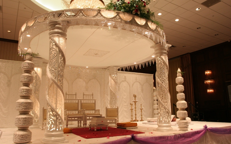 Indian wedding decorations ideas unique decor for for Decoration hall