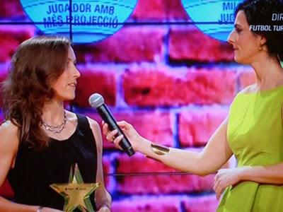 BERTA VELASCO DEL GIRO 2012/13 REP EL PREMI A LA MILLOR JUGADORA DE CATALUNYA