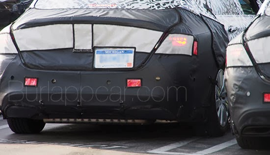 chrysler 200 spy spyshot electric ev chryslerev 2015200 allnew new auto car