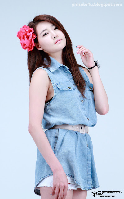 18 Han-Ga-Eun-Denim-Shirt-01-very cute asian girl-girlcute4u.blogspot.com