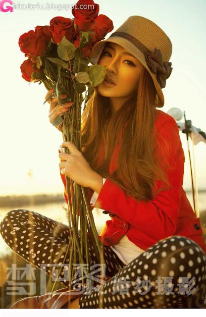 2 Liu Lu - Sprinkle love love-very cute asian girl-girlcute4u.blogspot.com